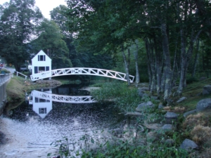 Charming Bridge And Cottage In Maine